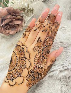 Pretty Henna Designs, Modern Henna Designs, Finger Henna Designs, Mehndi Designs Book, Mehndi Designs For Girls, Mehndi Designs For Fingers, Dulhan Mehndi Designs, Mehndi Designs For Hands, Henna Tattoo Designs