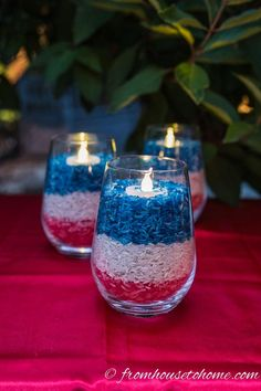 Looking for some easy patriotic decorations for your Memorial Day or of July party? This list has some beautiful red white and blue decor ideas that can all be used outdoors, and will work great for a an Independence Day BBQ Fourth Of July Decor, 4th Of July Celebration, 4th Of July Decorations, 4th Of July Party, Outdoor Decorations, 4th Of July Ideas, Fourth Of July Drinks, Memorial Day Decorations, 4th Of July Desserts