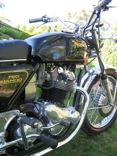 1971 Norton Commando 750    WRONG its got a disc front end they started in 72