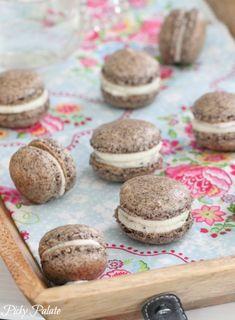 Cookies and Cream Double Stuf Macarons #cookies #oreo
