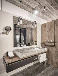 vasque en pierre, grand miroir avec deux appliques murales
