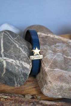 """Armbänder - Lederarmband petrol """"Hope"""" mit Stern - ein Designerstück von DaiSign bei DaWanda"""