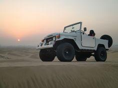 Toyota FJ40 on the sand, where it belongs!!!