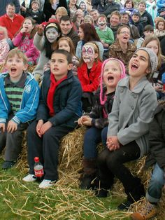 Custard Pie provide puppet shows for kids parties and family events. Custard Pie Puppets is owned an run by former Lambert Puppet Theatre member Conor Lambert Puppet Show For Kids, Family Events, Custard, Puppets, Shows, Ipads, Couple Photos, Couples, Chowder