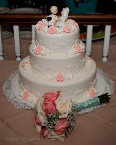My vintage inspired wedding cake.