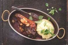 Domácí klobásky krok za krokem | Apetitonline.cz Ramen, Mashed Potatoes, Beef, Chicken, Ethnic Recipes, Food, Tractor, Whipped Potatoes, Meat