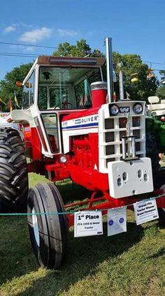 WHITE/OLIVER 1855 Heritage Wheatland Antique Tractors, Vintage Tractors, Vintage Farm, Big Tractors, Farmall Tractors, White Tractor, Tractor Accessories, Minneapolis Moline, Classic Tractor