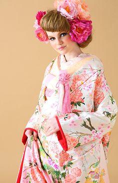 クチュールメゾン ヒサコタカヤマ No.08-0052 | ウエディングドレス選びならBeauty Bride(ビューティーブライド)