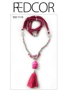 Halskette, Quaste, Buddha und Friedenszeichen