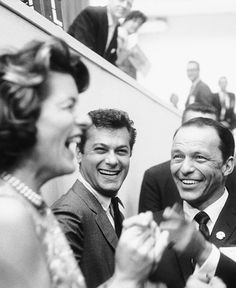 Patricia Kennedy Lawford, Tony Curtis, and Frank Sinatra have a laugh at the 1960 Democratic National Convention. They were just a few of the many celebrities who attended in support of John F. Patricia Kennedy, Les Kennedy, Little Italy, Vintage Hollywood, Classic Hollywood, Franck Sinatra, Joey Bishop, Peter Lawford, Tony Curtis