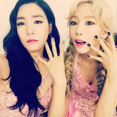 Tiffany & Taeyeon celebrate 4th Lion Heart win