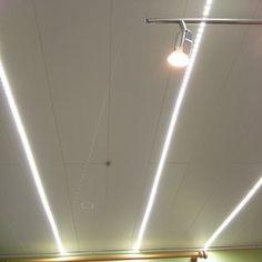 Inexpensive Garage Lights From LED Strips: 6 Steps (with Pictures) Solar Garage Lights, Garage Door Lights, Garage Lighting, Shop Lighting, Lighting Ideas, Garage Door Design, Diy Garage, Garage Shop, Led Light Strips