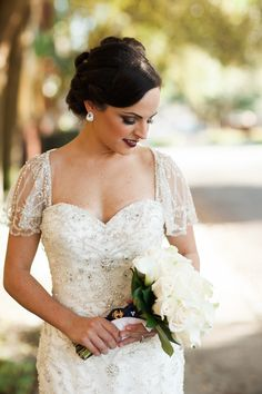We love this bride's style captured by Saul Cervantes Wedding Photography! You will be able to relive even the smallest of details with his gorgeous photos of you and your wedding! Click the image to learn more. Photo credit: Saul Cervantes Wedding Photography