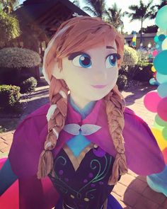 Frozen Pinata, Frozen Party, Princess Pinata, Power Ranger Birthday, Princess Invitations, Party Stores, Frozen Birthday, Pinata Ideas, Baby Boy Shower