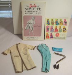1965 Vintage Barbie Doll Sew Free Fashion Fun Day in Town #1712 Clothes Booklet Purse