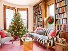 If this isn't the epitome of cozy comfort, we don't know what is. #hgtvmagazine #housetour // http://www.hgtv.com/design/make-and-celebrate/holidays/a-cozy-christmas-house-pictures?soc=pinterest