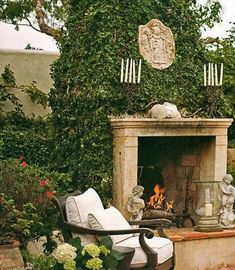 Would be so fun to grow climbing ivy on the outdoor fireplace.