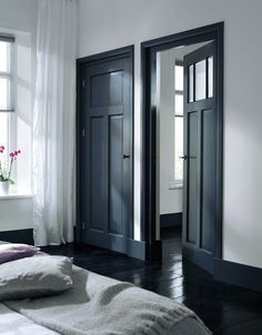 Dark doors and black floor Black Doors, Dark Doors, House Design, House, Grey Doors, Interior, Home, Doors Interior, House Interior