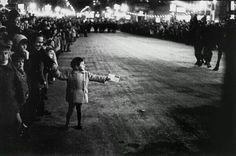 1962 Esperant la cavalcada