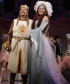 Tim Curry and Sara Ramirez as King Arthur and the Lady of the Lake -- We saw this on Broadway in except you couldn't have seen sara she joined greys in Theatre Shows, Broadway Theatre, Music Theater, Broadway Shows, Broadway Costumes, Theatre Costumes, Cool Costumes, Costume Ideas, Sara Ramirez