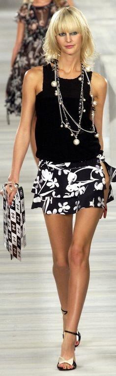 Chanel Spring 2004 ~ CE♥