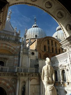 Doges Palace-Venice,Italy.  Our tips for 25 places to visit in Italy: http://www.europealacarte.co.uk/blog/2012/01/12/what-to-do-in-italy/