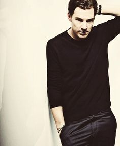 Without a doubt within my Top 3 sexiest Cumberbatch pics ever.