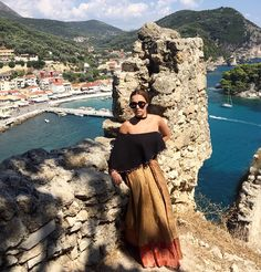 trying to be a princess👸🏻 #kisterss #kisterss_sunglasses #kisterssseason2 #season2 #celestino #parga #castle #vacay #summer #pointofview #beautifuldestinations