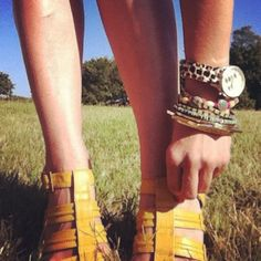 Day for an arm party in the CBD! (Taken by @VanillaInVogue)
