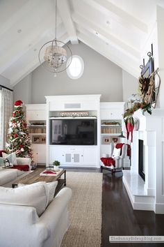 So excited to kick off my holiday decor today with some amazing bloggers who are also close friends of mine! If you just popped over from Tamara's beautiful home at CitrineLiving hello and welcome! If you're a regular here… hello dear friend and welcome back. :) (affiliate links used) Time for the Holiday Home Showcase! …