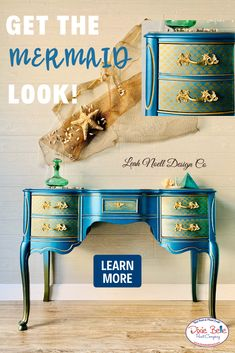 Get the Mermaid Tail look using Dixie Belle Chalk Mineral Paint in Caribbean, Deep Woods, and Gold Digger! Diy Furniture Projects, Furniture Makeover, Upcycling Projects, Diy Projects, Mermaids On Wood, Furniture Painting Techniques, Painting Furniture, Painted Furniture For Sale, Dixie Belle Paint