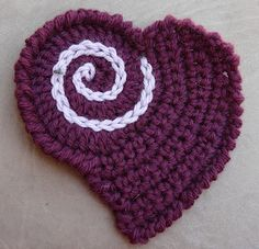 """HEART APPLIQUÉ @Twisted Strands: I think this heart is just adorable! I learned a new stitch too, the edge of the heart is done in Crab Stitch, also known as Reverse Single Crochet. The motif is part of the """"Teen Throw"""" free pattern on the Caron Yarns website, and it's designed by Andee Graves who is an absolute sweetheart! (follow the link for the free PDF)"""