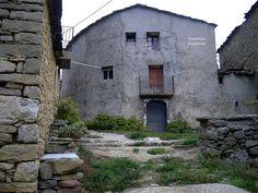 Pueblos deshabitados: El Meüll #pallarsjussa #despoblats #pueblosabandonados Casa Jaquim