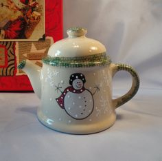 Holiday Teapot with Snowman