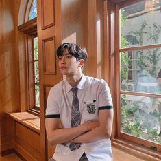 Ini Rowoon Idol Ganteng yang Curi Perhatian di Drakor Extraordinary You Kim Ro Woon, K Pop, Bad Boy, Eunwoo Astro, Jung Hyun, Cute Korean Boys, Kdrama Actors, Drama Movies, Boyfriend Material