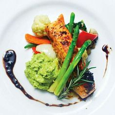 Norwegian Salmon, anyone? Have a good lunch peps :) emoticon Thanks for the pic @thetravelermagz