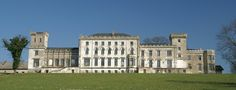Schloss Varchentin Louvre, Mansions, House Styles, Building, Travel, Home Decor, Sparkle, Projects, Mansion Houses