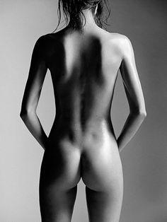 Área Visual - Blog de Arte y Diseño: Miranda Kerr por la lente de Laurent Darmon