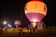 Hot air balloon - RE/MAX Ballunar Liftoff Festival 2011