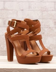 Strap with buckle brown high heels