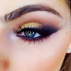 Lovely smudged yellow smokey eye by @heidimakeupartist