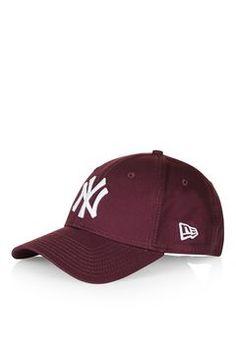 7d13dff9c3da NEW ERA 9FORTY Essential Cap New York Cap