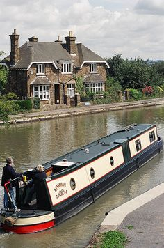 Would love to cruise down the English canals on a boat like this... Norton Junction - Grand Union Canal, Northamptonshire