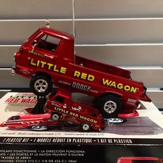 1:24 and 1:64 #projectlittleredwagon