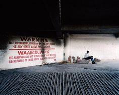 Mikhael Subotzky et Patrick Waterhouse, entrée d'un parking, Johannesburg, 2008
