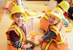 """A """"How To"""" Construction & Truck Birthday Party  - decor and find the treasure in the rice containers using only construction trucks game"""