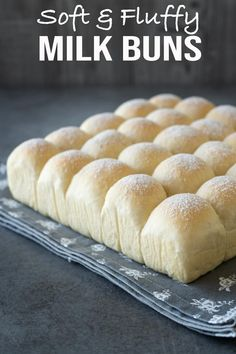Soft & Fluffy Milk Buns – El Mundo Eats Try these super soft & fluffy buns. They are so versatile, you can enjoy them as sweet or savoury buns. As always, this recipe is easy and simple. Milk Recipes, Gourmet Recipes, Bread Recipes, Baking Recipes, Cake Recipes, Milk Bun, Japanese Bread, Sweet Buns, Recipe For Buns