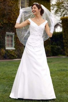 white tutu floral mature wedding sundress gowns bridesmaids curvy buttons down the back 5659