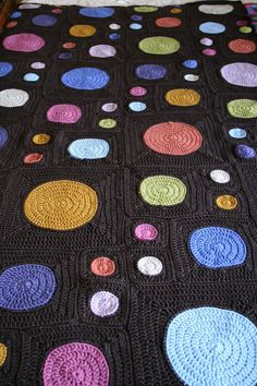 Iris's circles to squares afghan | Flickr - Photo Sharing!