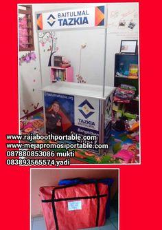 booth portable atau meja promosi bisa untuk promosi produk anda :D www.rajaboothportable.com